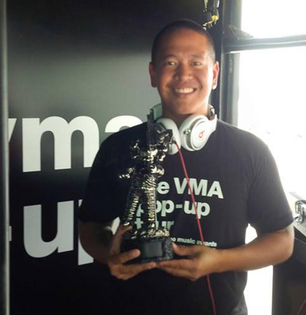 DJ Yoshi - Moon Man Crop